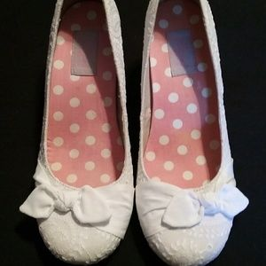 White jellypop women's pumps size 9 medium